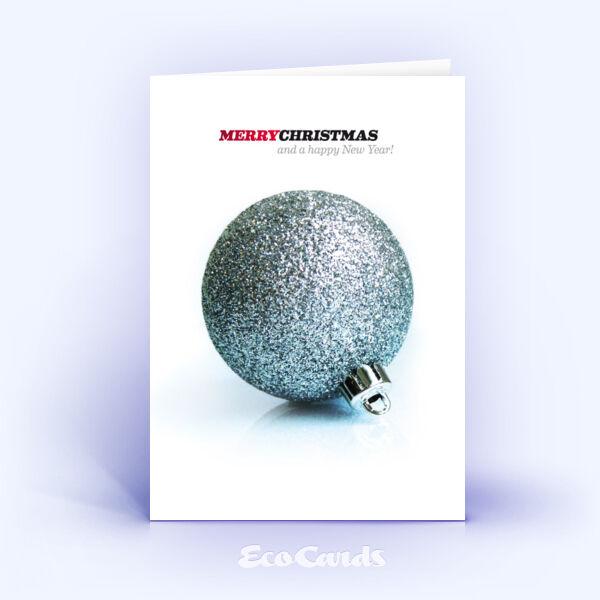Öko Weihnachtskarten Nr. 121 silber mit einer Christbaumkugel zeigen eine klassische Gestaltung.