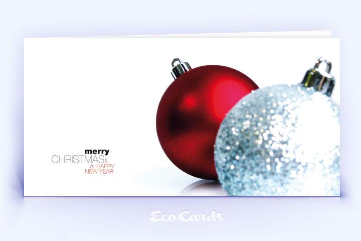 Öko Weihnachtskarte Nr. 356 rot mit mehreren Weihnachtskugeln zeigt eine ausgefallene Gestaltung.