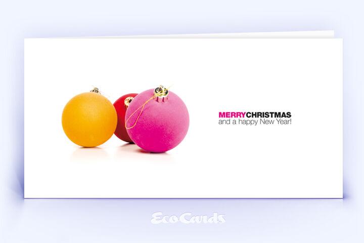 Öko Weihnachtskarte Nr. 952 rosa mit Weihnachtskugeln ist mit einem individuellen Design versehen.